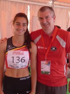 Elise Lasser en haar trainer Ludwig Cardon op het EK